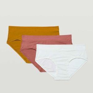 Lululemon UnderEase Hipster Underwear 3 Pack
